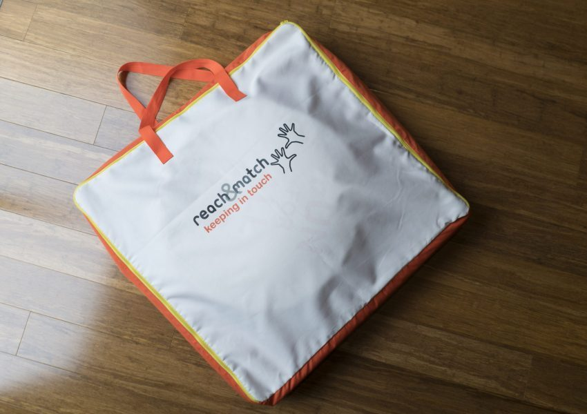 reach and match portable bag
